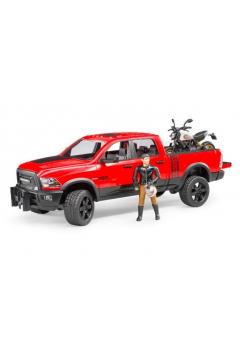 Auto Dodge RAM 2500 Power Wagon z motocyklem
