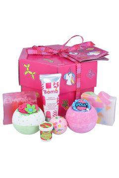 Stick with Me Gift Box zestaw kosmetyków Musująca Kula do kąpieli 3szt + Mydło Glicerynowe 2szt + Krem do rąk + Balsam do ust