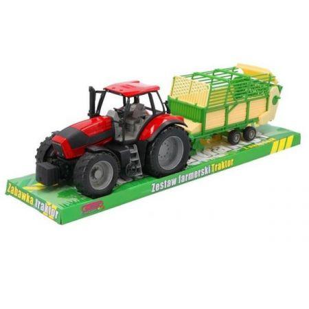 Traktor z przyczepą pod kloszem