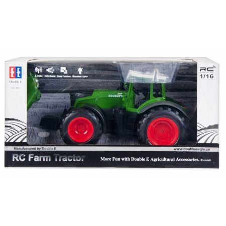 Traktor z ładowarką