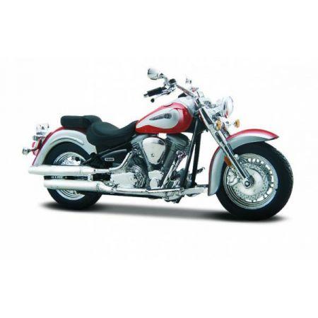 MI 39300-78 Motor Yamaha Road Star 1:18 z podstawką